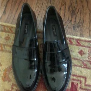 Paul green loafers black patent leather Euc size 9